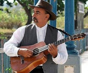 Maestro Pancho Amat con tres cubano Domínguez