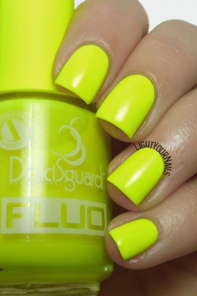 Smalto Dolci Sguardi Fluo giallo yellow neon nail polish