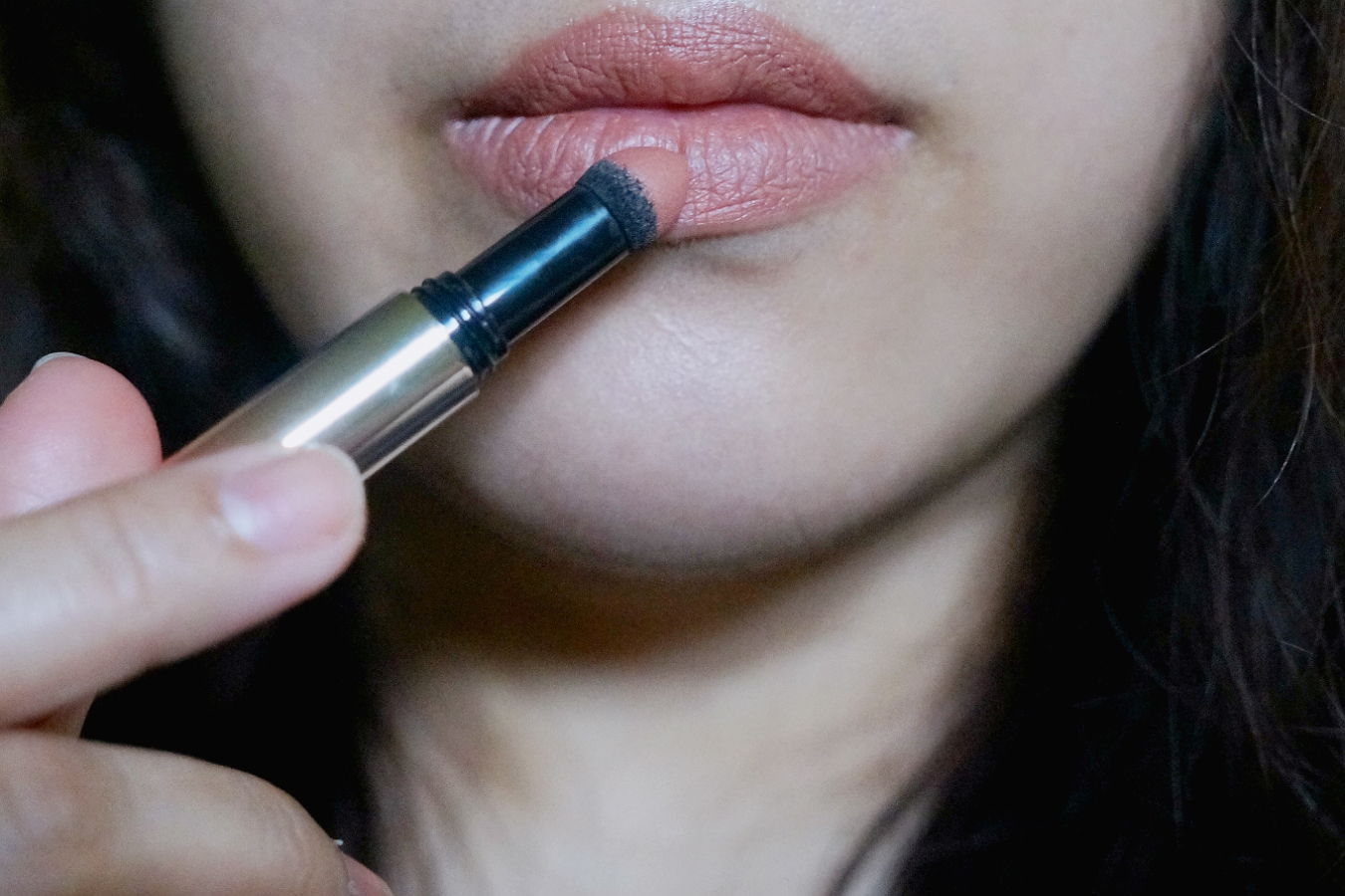 Loreal color caresse by color rich lipstick - L Oreal Color Riche Tint Caresse Powder Lipstick In Lily Blossom B07