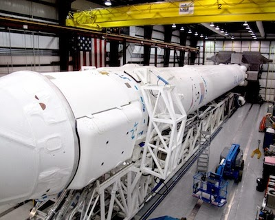 SpaceX Falcon 9 y Dragon