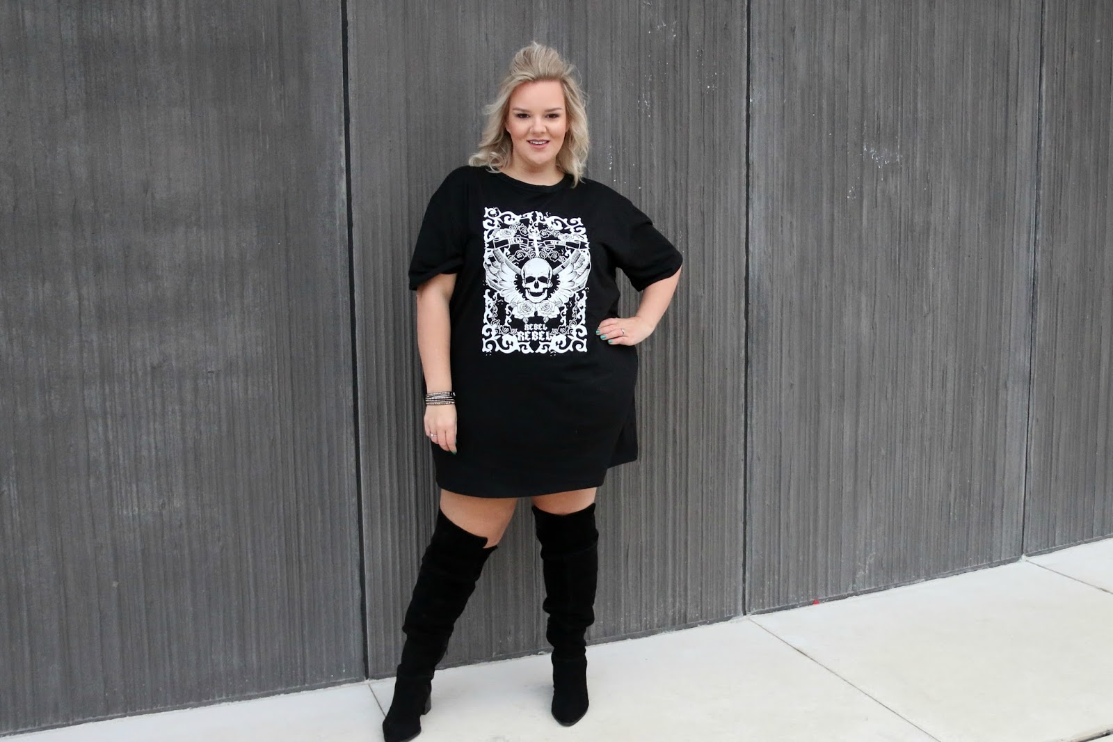 In The Style Curve Charlotte Crosby Black Rebel Rebel Skull Oversized T Shirt Dress on plus size blogger whatlauraloves
