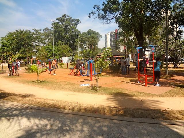 Equipamentos de ginástica Bosque Maia em Guarulhos