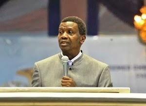 """""""Stop using my pictures on souvenirs, I am not God"""" — Pastor Adeboye cautions members"""