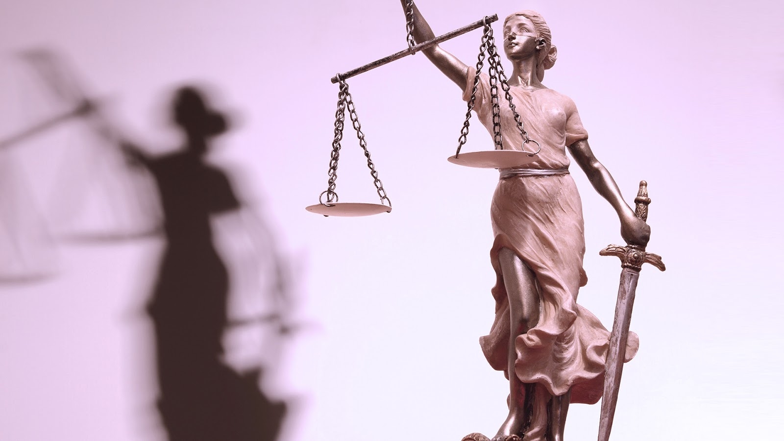 adalet mulkun temelidir icimdeki kaos