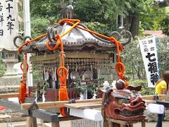 御霊神社神輿
