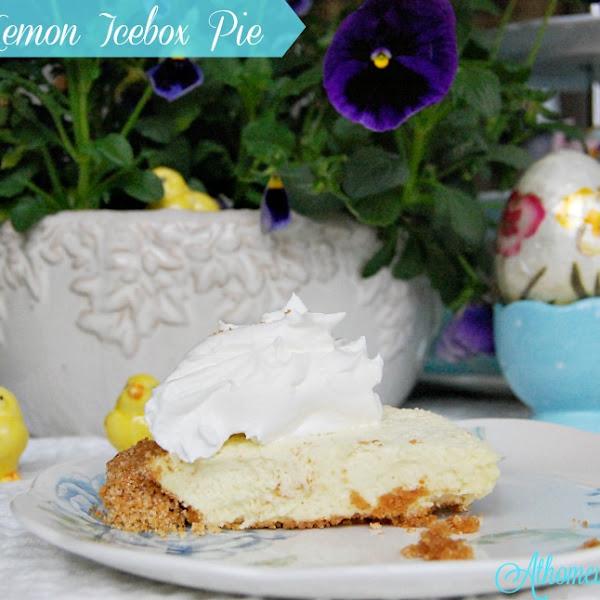 Easter Lemon Icebox Pie
