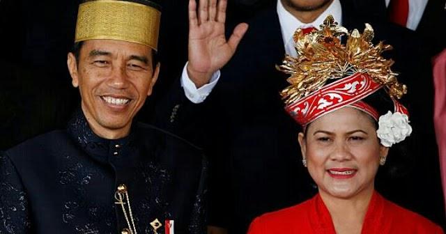 Curhat Jokowi soal Iriana yang Hobi Main Smartphone