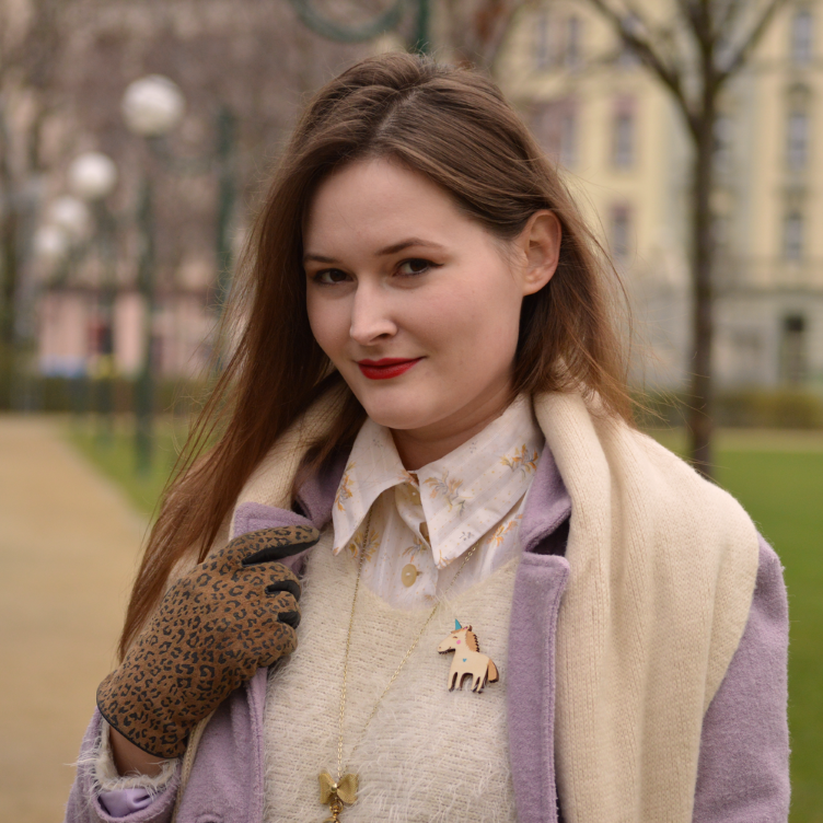 georgiana quaint, winter outfit, ootd, winter layers, layering clothes, fluffy sweater, unicorn brooch