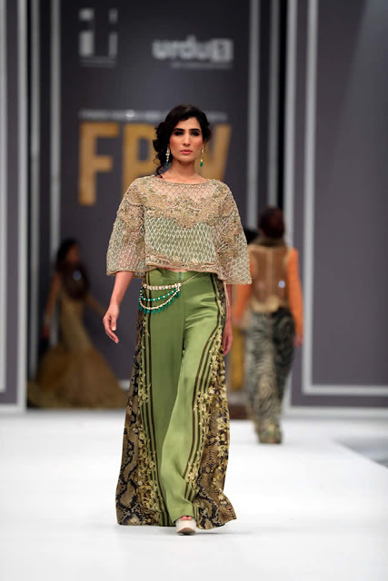 sobia-nazir-pakistani-bridal-dresses-2016-collection-at-fpw-2016-14