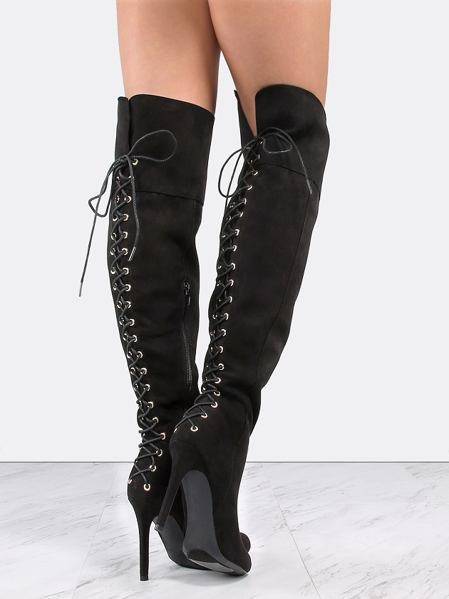 http://us.shein.com/Criss-Cross-Lace-Up-Stiletto-Boots-BLACK-p-323445-cat-1748.html?utm_source=libertadgreen.blogspot.com&utm_medium=blogger&url_from=libertadgreen