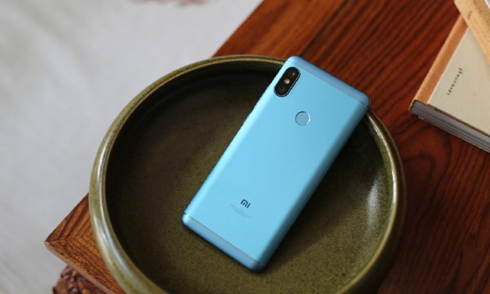 Xiaomi Redmi Note 5 Pro Available In Offline Retail Stores For Rs