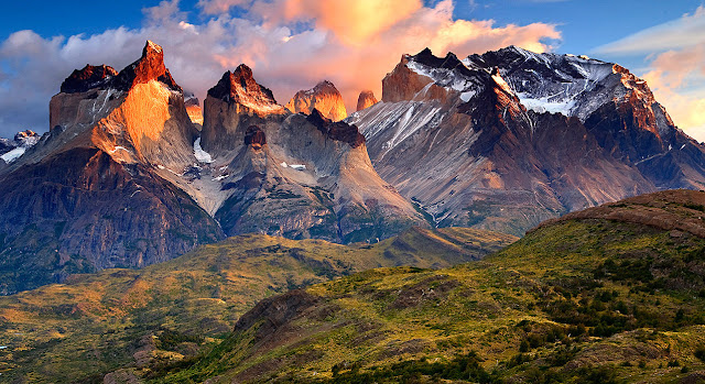 Travelhoteltours has amazing deals on Patagonia Vacation Packages. Book your customized Patagonia packages and get exciting deals. Save more when you book flights and hotels together. Experience the remote beauty of the southernmost tip of Chile, where you can follow in the footsteps of world-famous travelers as you hike the sky-high mountains.