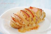 Patatas hasselback con queso y bacon