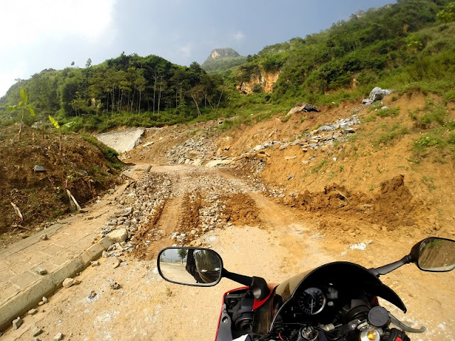 Ideal places for travelling by motorbike in Vietnam3