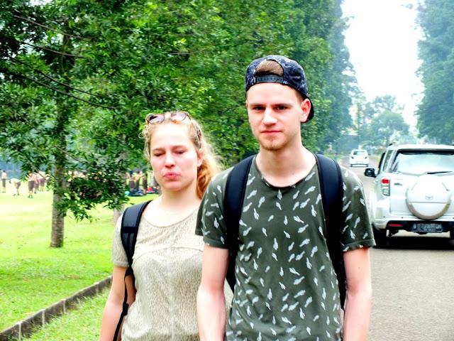 Penggemar Fotografi Jalanan Kerap Menjadi Pusat Perhatian