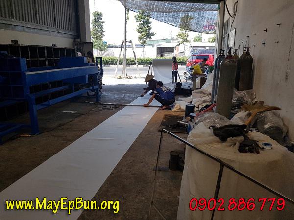 Vải lọc chất liệu sợi Polymer nhập từ Hàn Quốc và may ngay tại xưởng sản xuất máy ép bùn khung bản VP