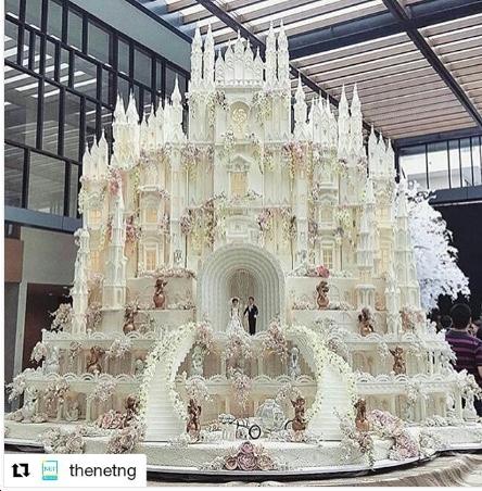Worlds best wedding cakes