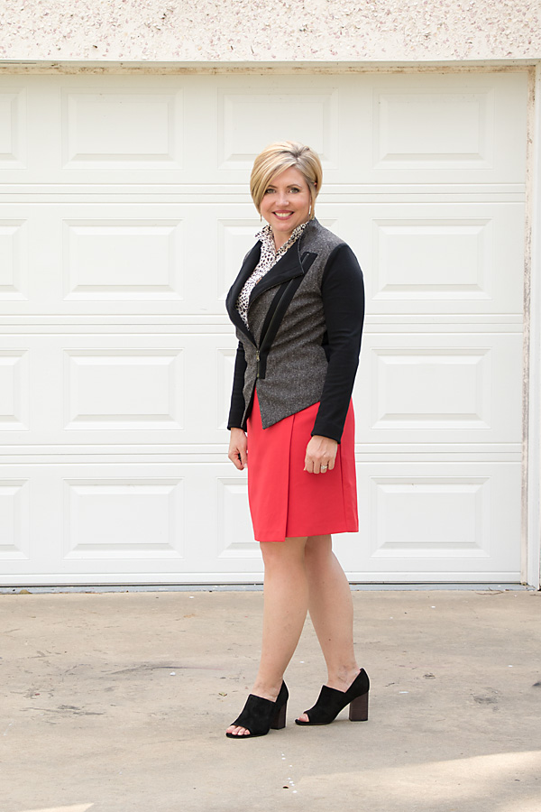 summer to fall transition, moto jacket, moto blazer, womens work outfit, work attire