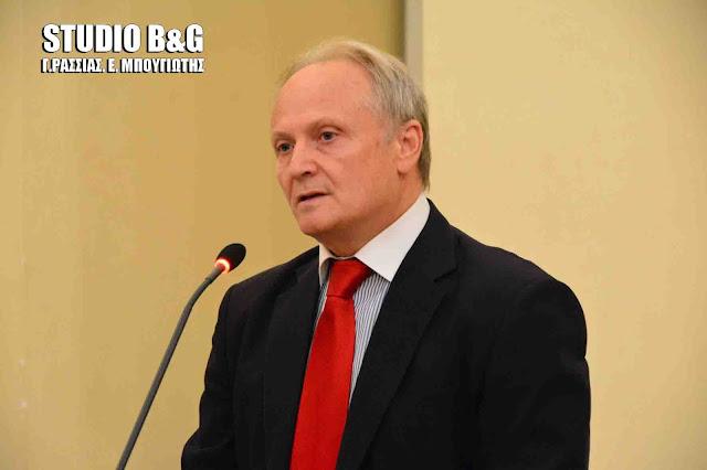 Απάντηση Υφυπουργού Οικονομικών στον Ανδριανό για τα σημαντικά προβλήματα από τη δέσμευση τραπεζικών λογαριασμών επαγγελματιών