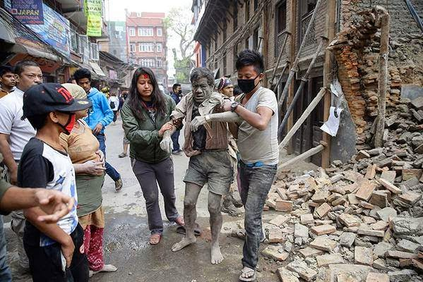 In Photos - Earthquake in Nepal 7.5 to 7.9 magnitude Massive Damage