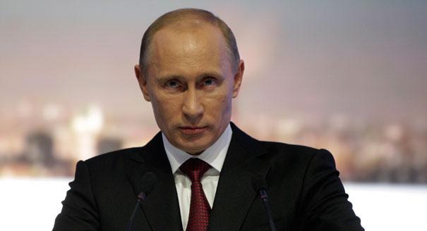 O presidente da Rússia, Vladimir Putin, atacou o Ocidente sobre a Síria, dizendo que Estados Unidos e Europa acusaram injustamente o país pela quebra do cessar-fogo