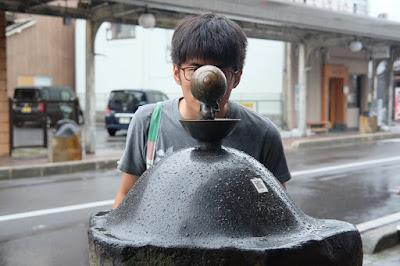 鳥取観光 水木しげるロード 目玉おやじの銅像
