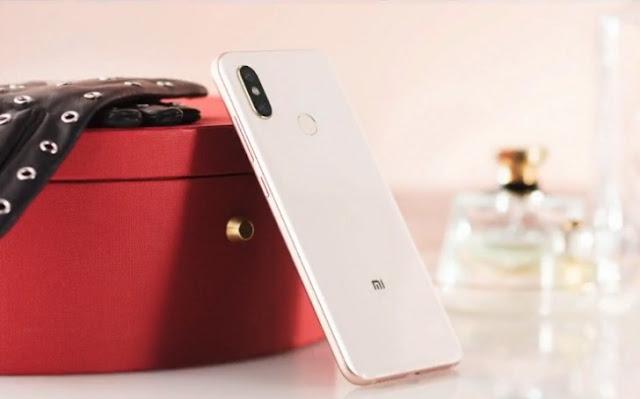 Xiaomi Mi 8 chính thức ra mắt 07