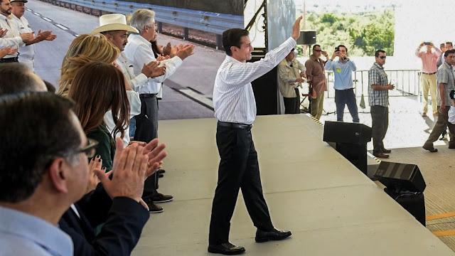 EPN explica por qué otorgó el Águila Azteca a Kushner