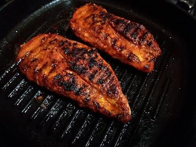 Peri Peri Chicken with Mexican Rice Recipe, Peri Peri grilled chicken, Mexican recipes, portuguese food, nandos chicken recipe, spicy rice, exotic recipes, food blog, food review, red alice rao, redalicerao, top food blog