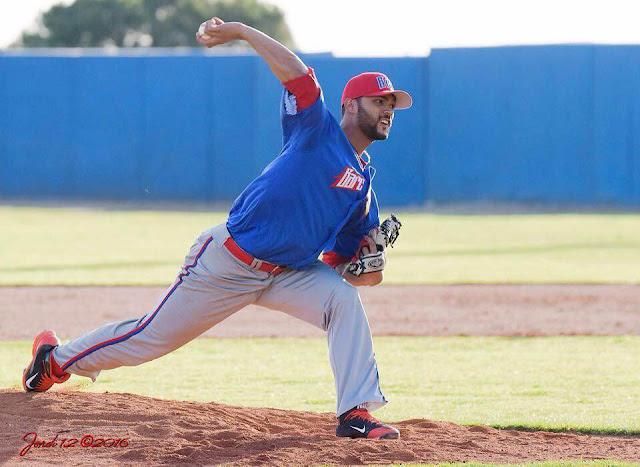 El cubano Elián Leyva anda luciendo tremenda campaña en el beisbol español