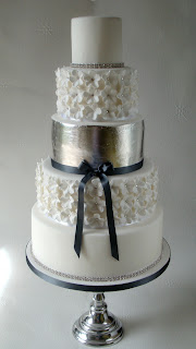 silver-leaf-wedding-cake-by-cleverlittlecupcake-via Absolute Perfection