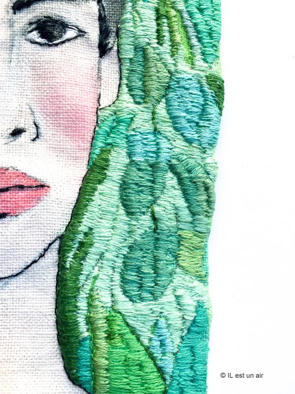 Broderie de femme - motifs végétaux