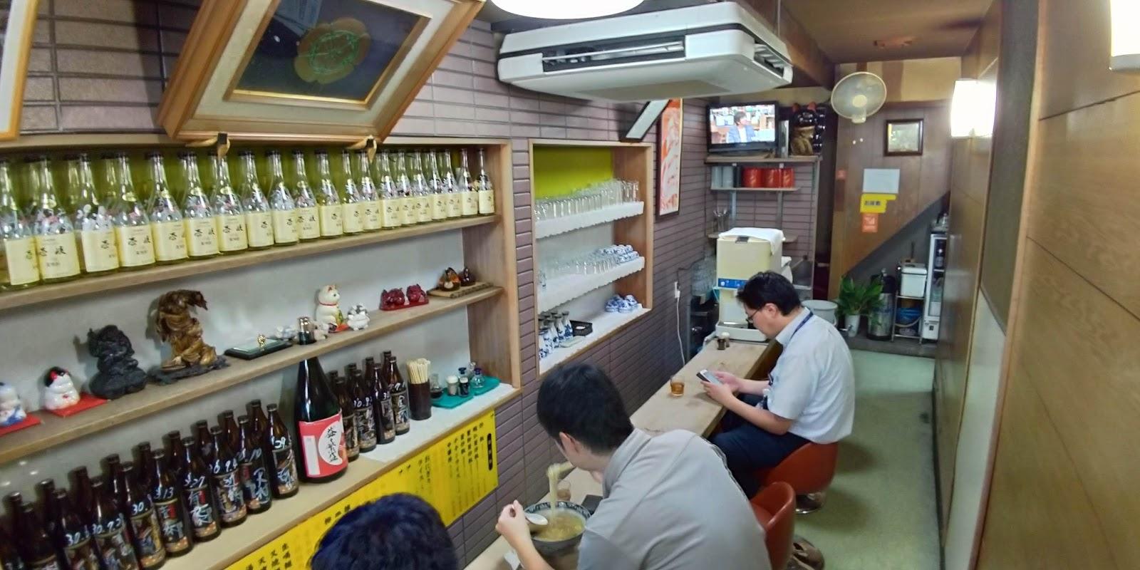 【長崎市グルメ】永楽苑 しいたけ肉そば 店内