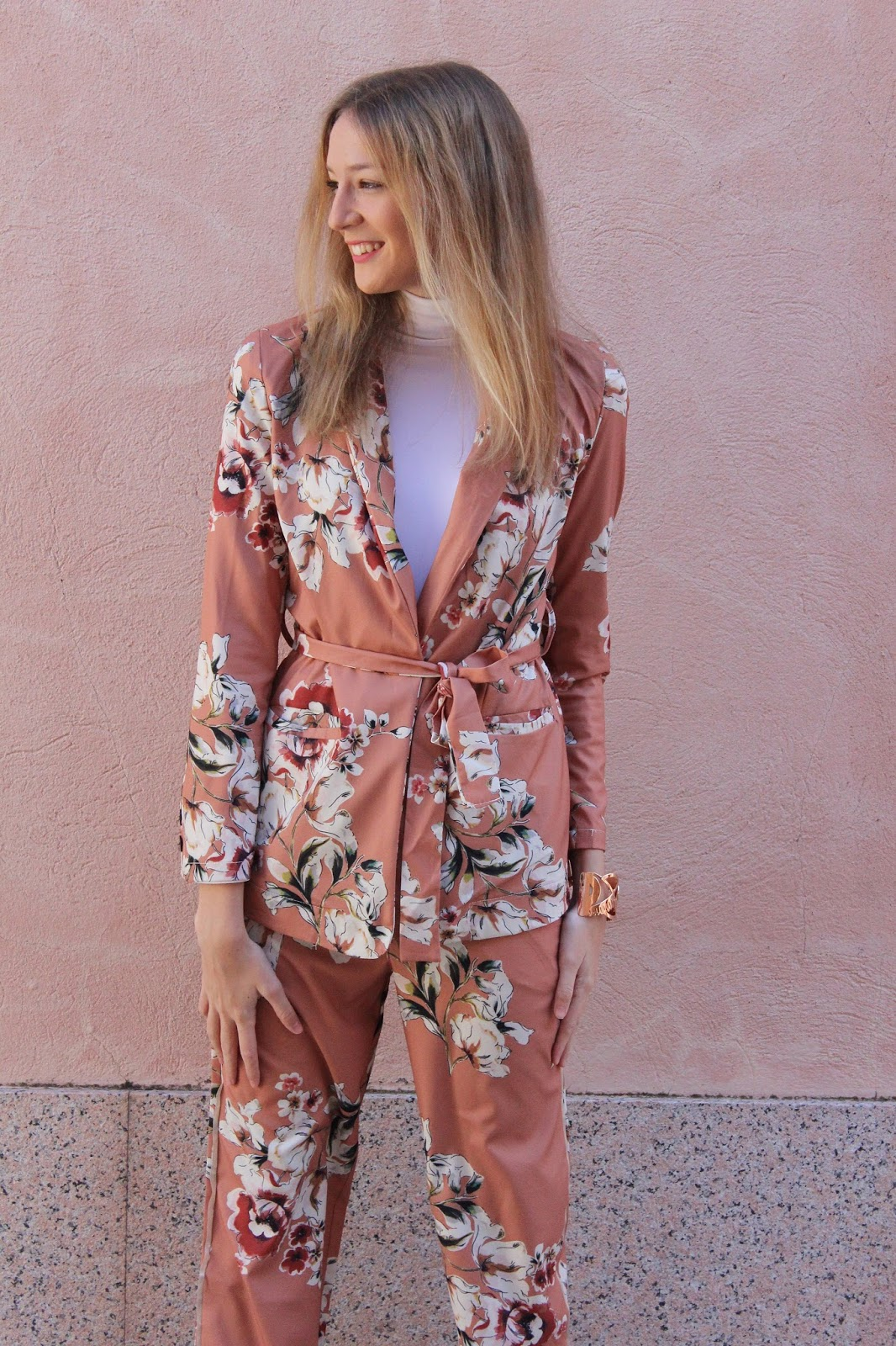 floral-suit-street-style