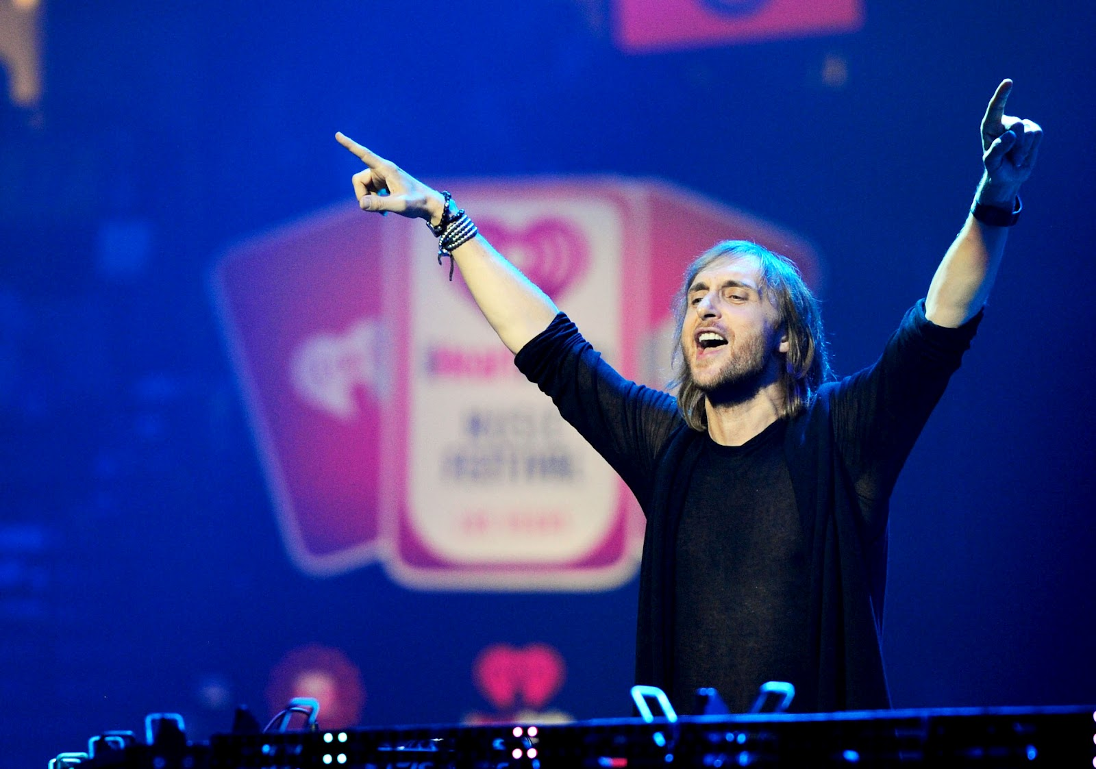 Best Iphone 5 Home Screen Wallpapers 30 Best David Guetta Photographs Which Is Rocking Hdpixels