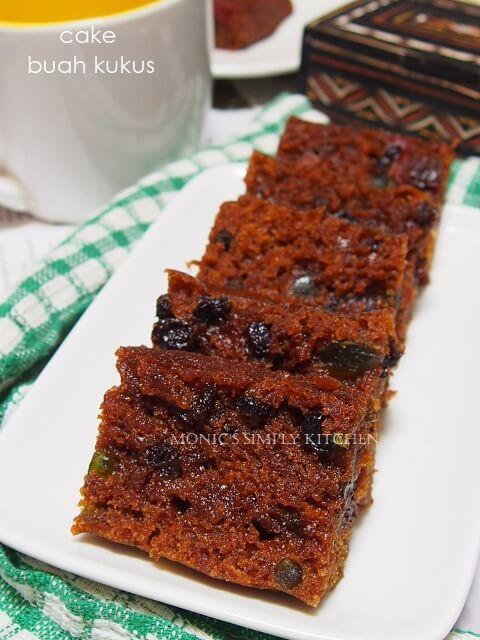cake buah kukus simple