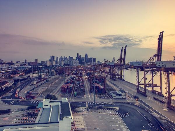 Pentingnya Menghemat Listrik Perusahaan Industri