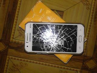 resiko-membeli-smartphone-supercopy