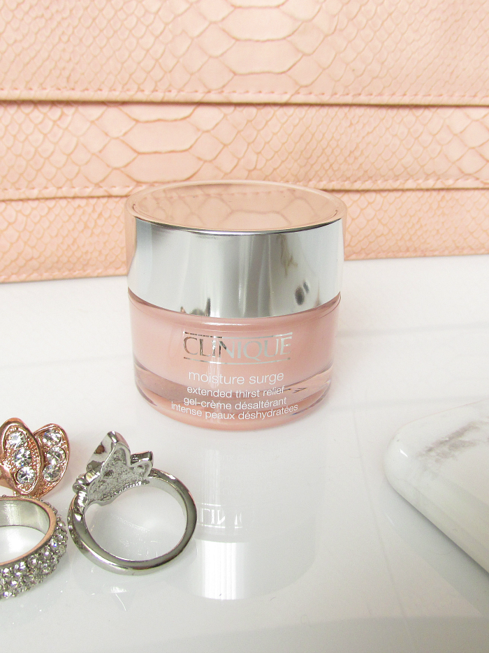 Review & Erfahrungen: Clinique Moisture Surge Extended Thirst Relief
