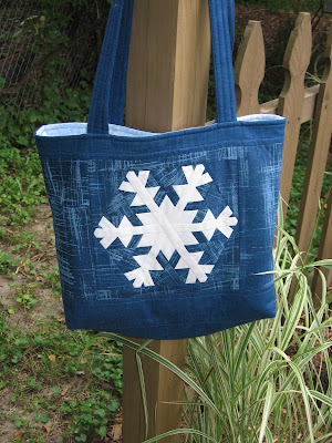 Snowflake tote bag, side 2