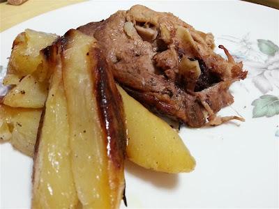 Agnello arrosto con patate