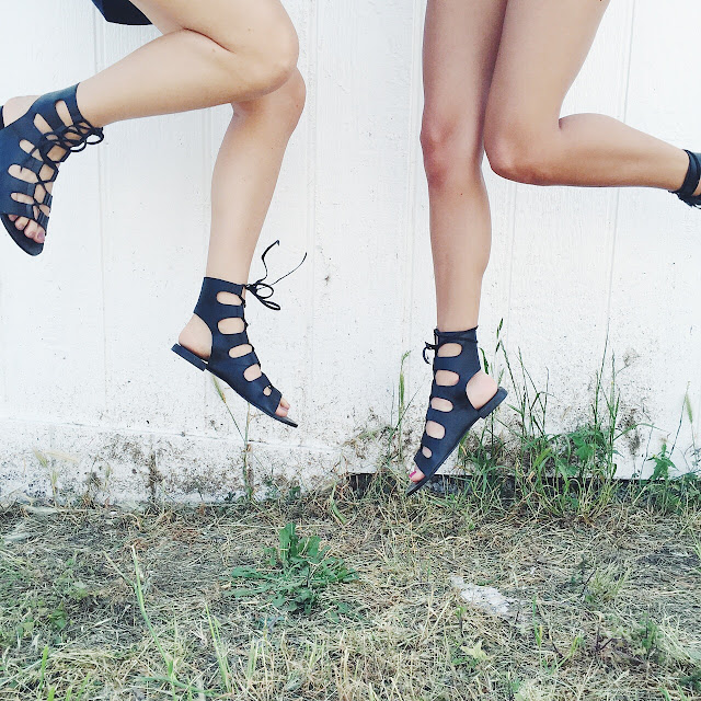 how to wear lace up gladiator sandals
