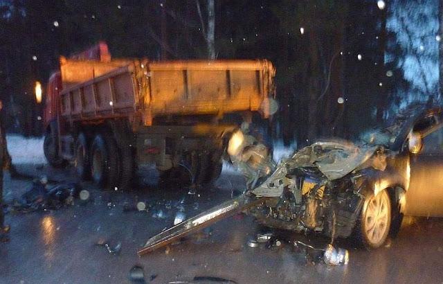 В Бакалинском районе Mitsubishi Outlander столкнулся с КамАЗом, погибла женщина