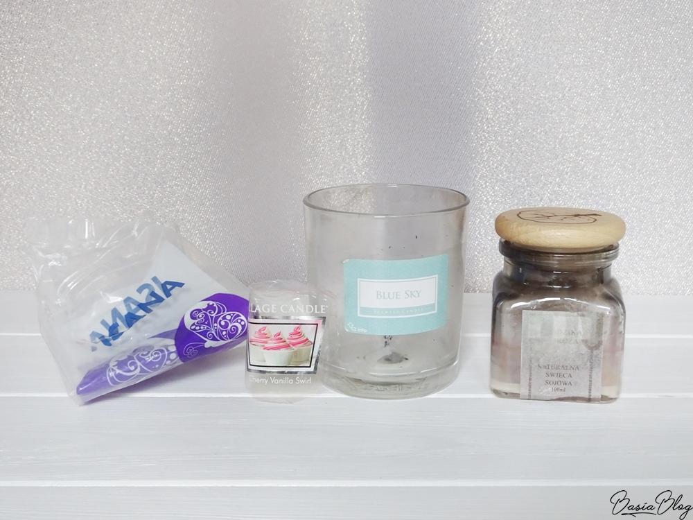 Isana, waciki, Sampler Village Candle Cherry Vanilla Swirl, Świeca sojowa Futura Natura 'Dzika Róża', Świeca zapachowa Blue Sky