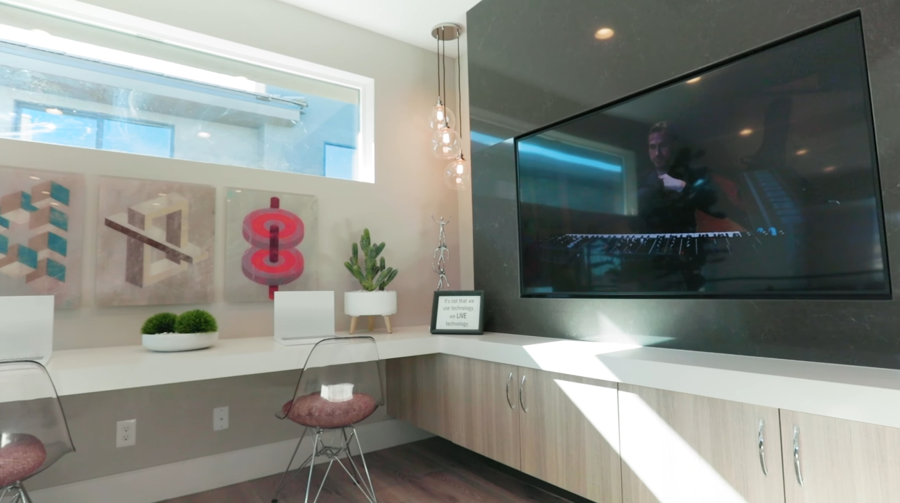 57 Photos vs. $1 Million Luxury Home in Las Vegas Interior Design Tour