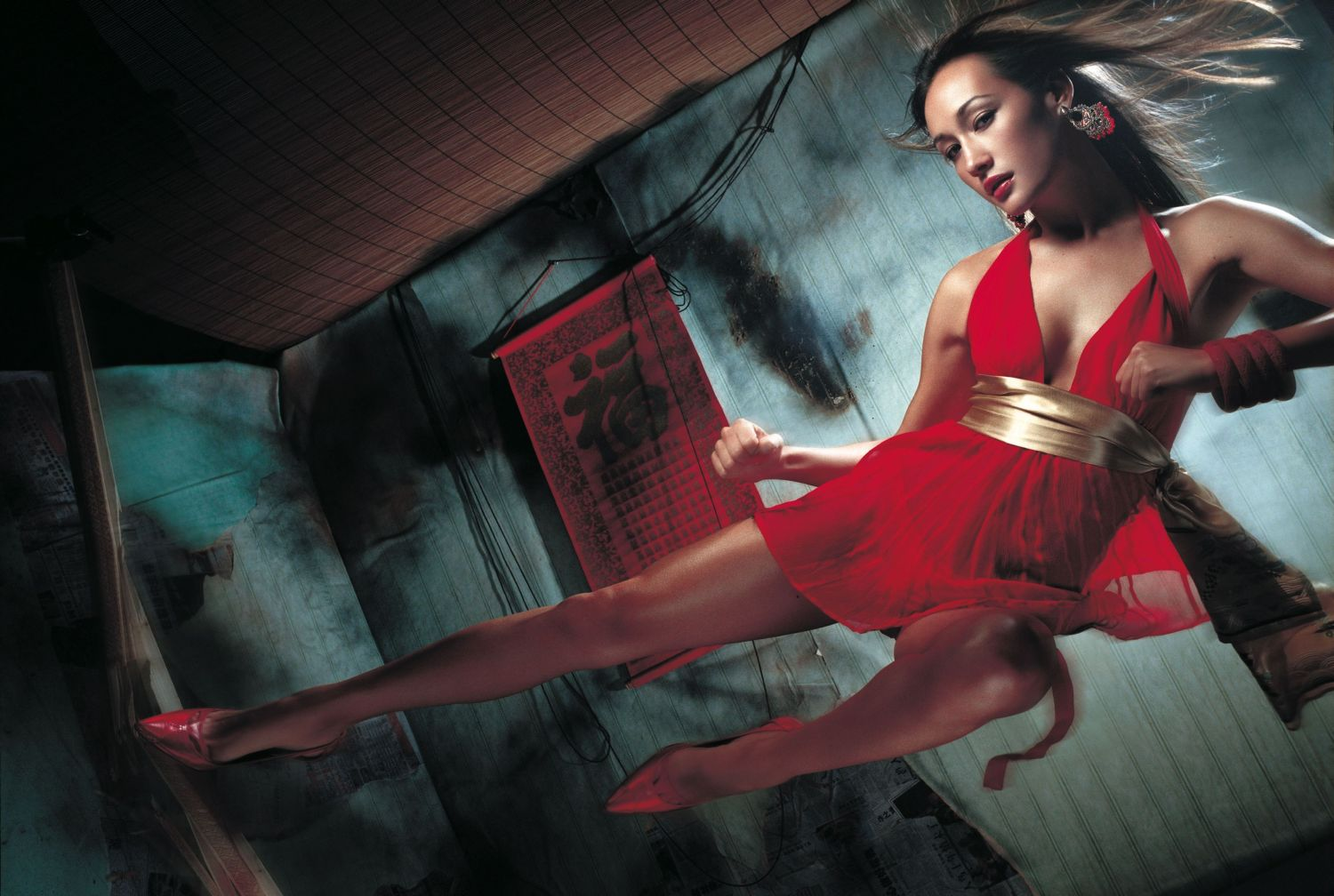 Nikita 3d Name Wallpaper Maggie Q Baring Butt Tattoo And Sexy Photos Asian Sexy