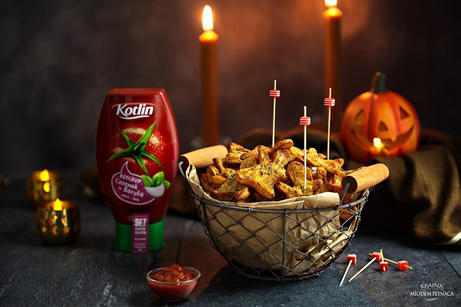 pieczone ziemniaki, ziołowe pieczone ziemniaki, ziemniaki z piekarnika, ketchup kotlin, przekąska na halloween, przekąska na imprezę, fotografia kulinarna, kraina miodem płynąca