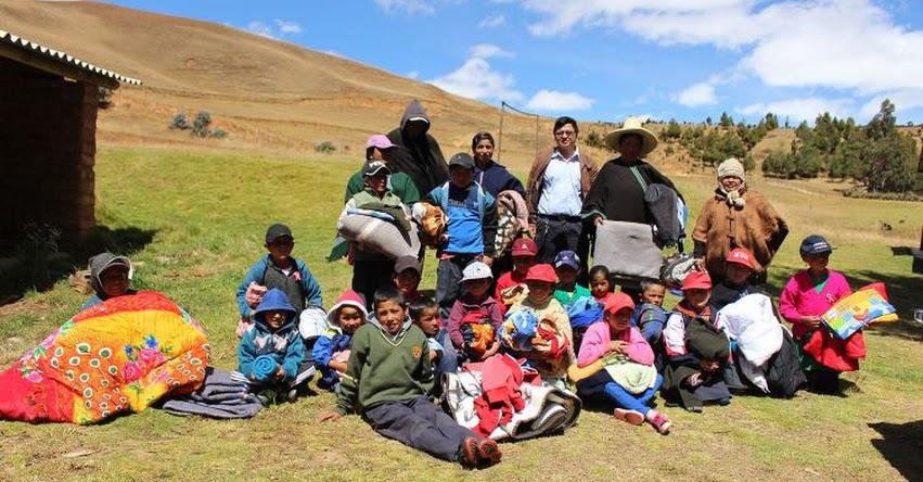 UGEL Chulucanas lleva ayuda a estudiantes de la meseta andina afectados por el «friaje»