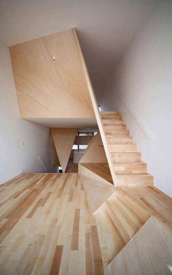 tangga kayu modern