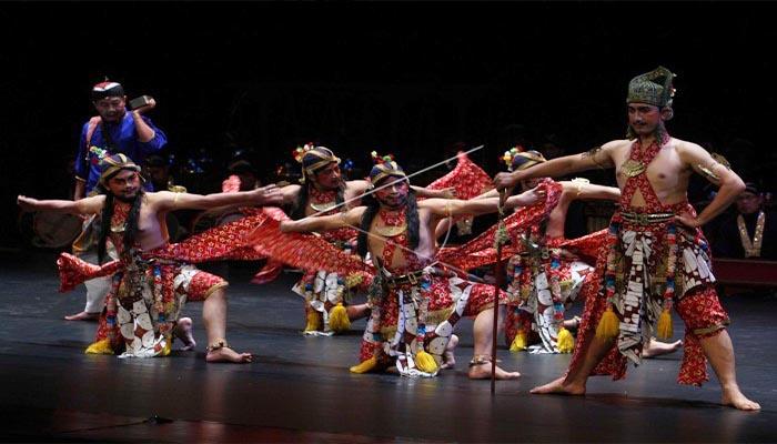 Tari Beksan Lawung Ageng, Tarian Tradisional Keraton Yogyakarta